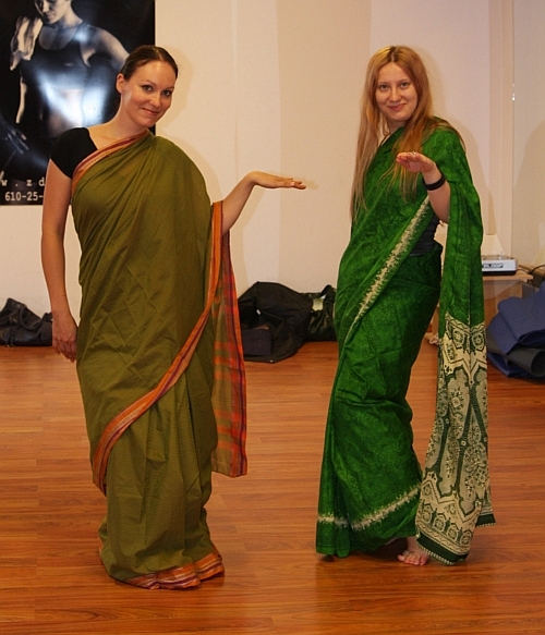 Polish girls wearing saree