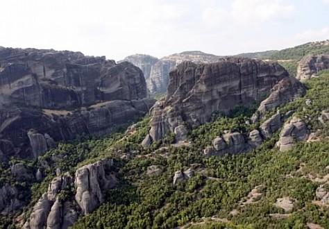 Widok zMonastyru Św. Trójcy, Meteora, Grecja