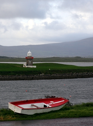 Latarnia w Rosses Point (ir. An Ros), Sligo, Irlandia - An Ross i Sligo