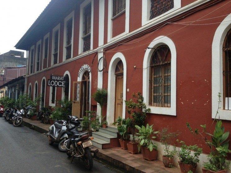 Hotele wIndiach Południowych - nocleg wBharat Lodge, Panaji, Goa