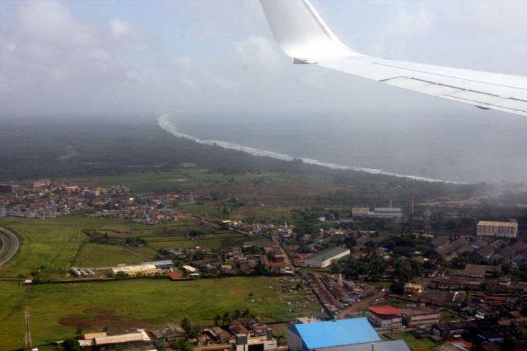 Pierwszy widok zgóry. Przylatujemy zKochin (Kerala) doDabolim (Goa)!
