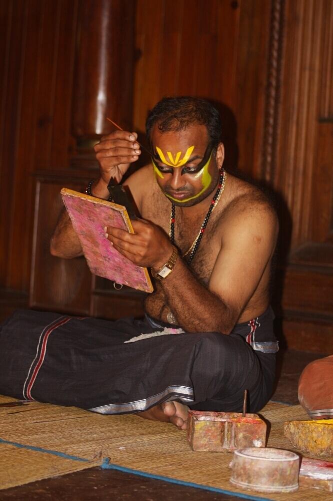 Kathakali in Fort Kochin (Kochi), Kerala