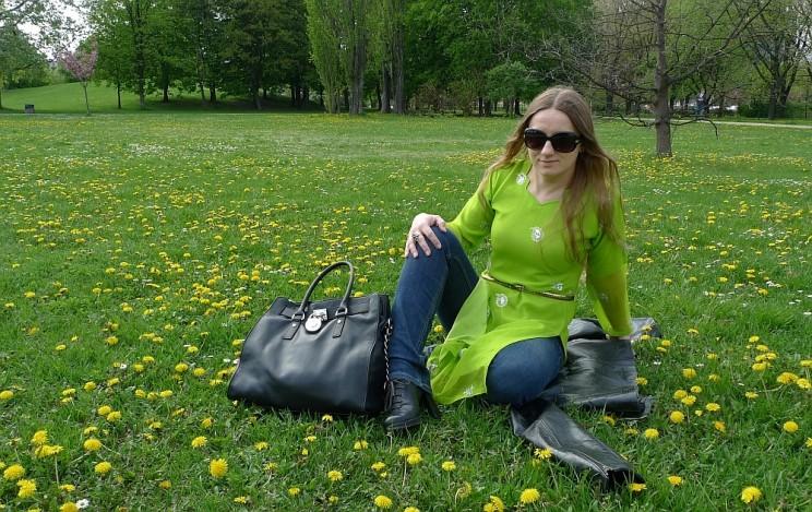 W zielonym kameezie