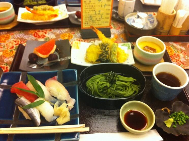 Zwroty przydatne wrestauracji wJaponii - japońskie jedzenie kaiseki
