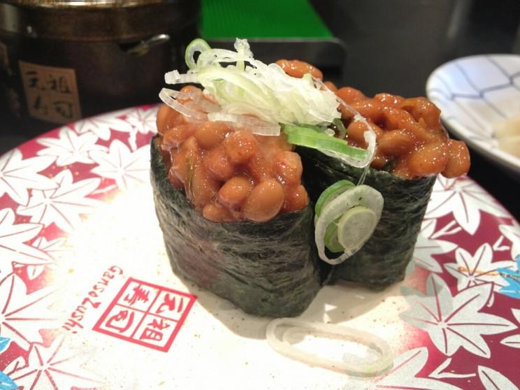 Sushi wJaponii: natto