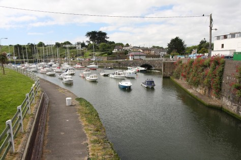 Courtown marina port
