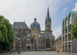 Aachen_Germany_Imperial-Cathedral-01