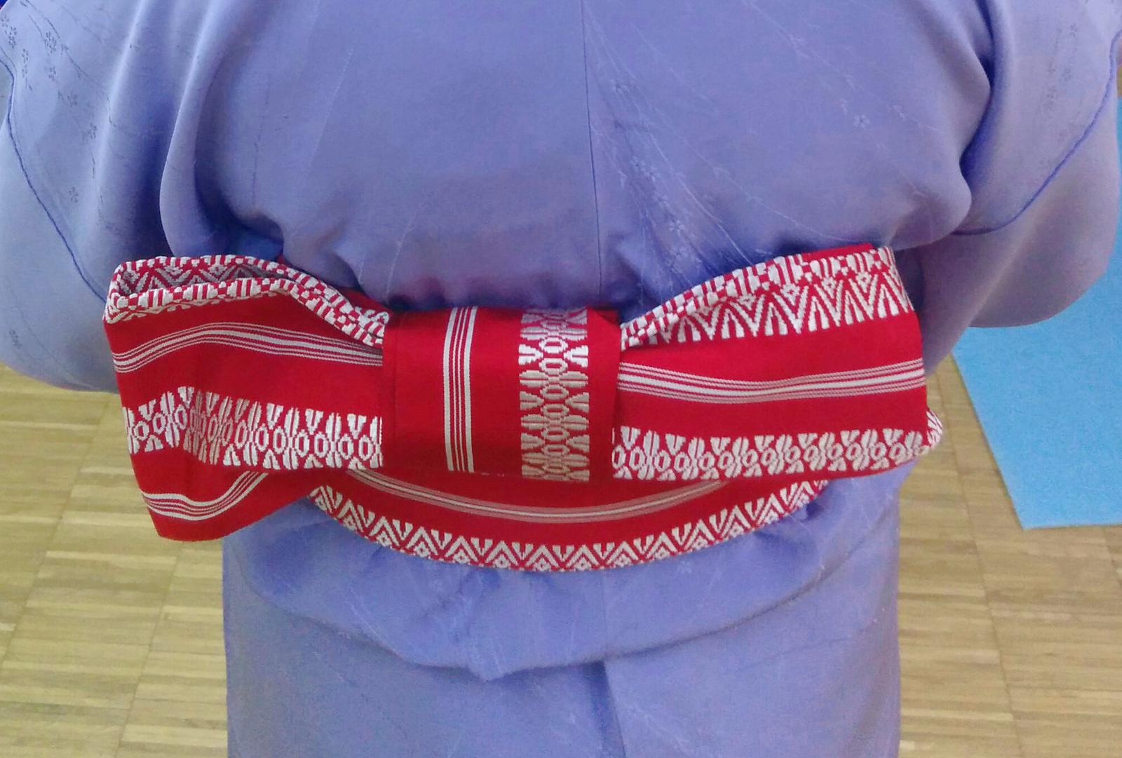 Kitsuke, czyli jak ubrać się wkimono
