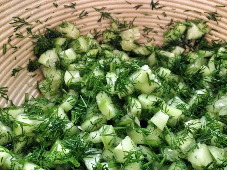 Azjatycka sałatka zmakaronem sojowym isurimi