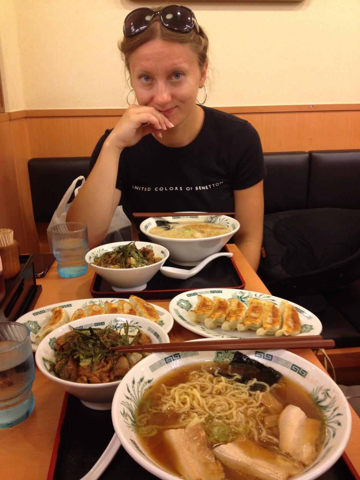 zwroty przydatne w restauracji w Japonii: Itadakimasu!