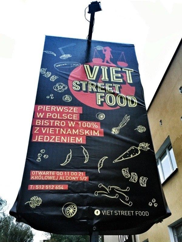 Szyld Viet Street Food Bistro