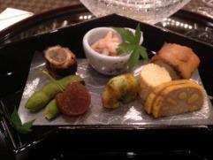 Kuchnia japońska: Co tojest kaiseki? Totradycyjny wielodaniowy japoński posiłek!