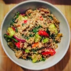 Co tojest quinoa ijak ją przyrządzić? Przepis nasałatkę zkomosą ryżową