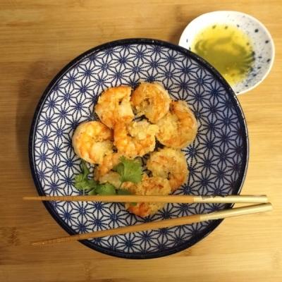 Kuchnia azjatycka: Krewetki tygrysie wpanierce zpanko zsosem mango-limonka