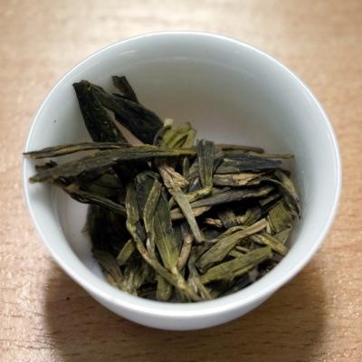 Chińska herbata: Longjing (Lóngjǐng, 龙井/龍井)