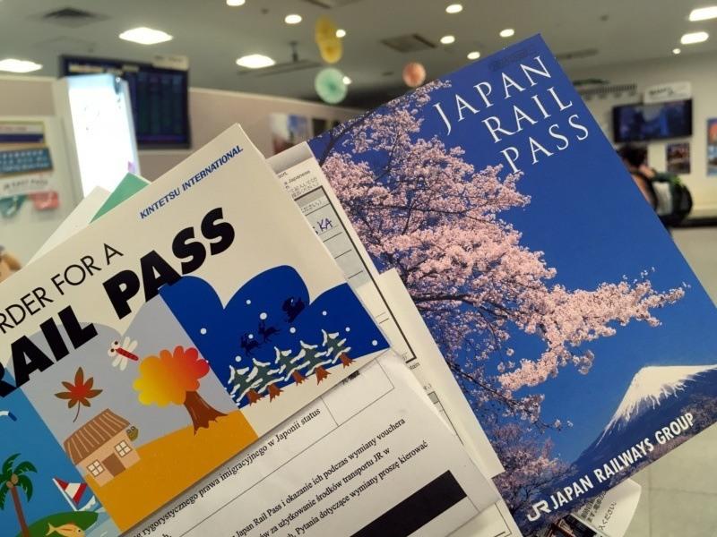 JR-Pass (Japan Rail Pass) - voucher iwymieniony bilet (zgórą Fuji)