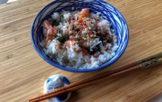 Kuchnia japońska: ochazuke z ume konbucha i łososiem