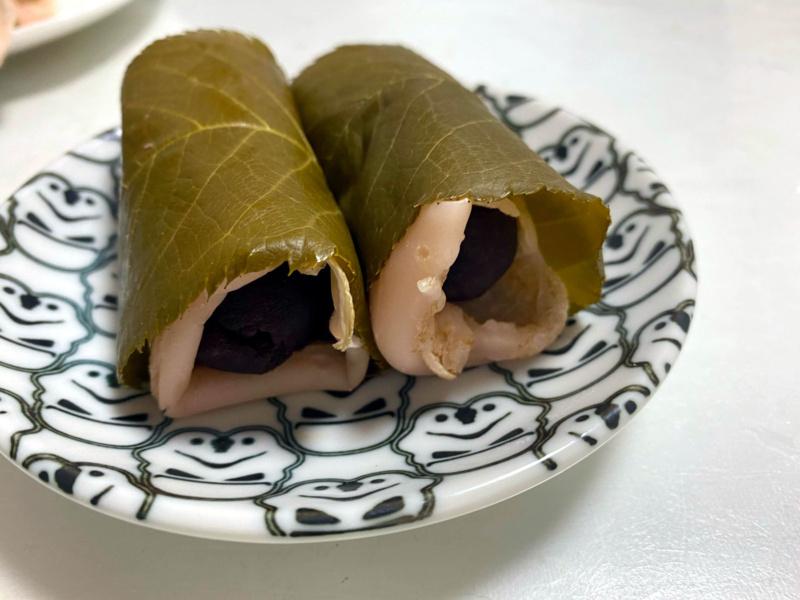 Sakurowe słodycze: chomeiji - sakuramochi wstylu Kanto